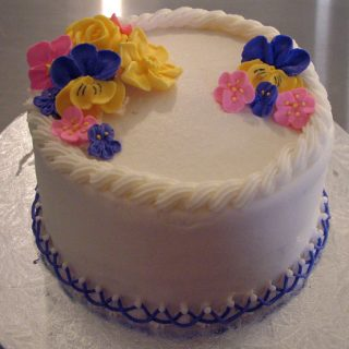 Royal icing flowers cake