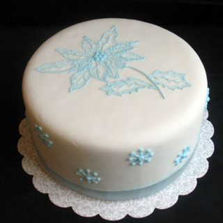 Poinsettia Cake – Winter Wonderland