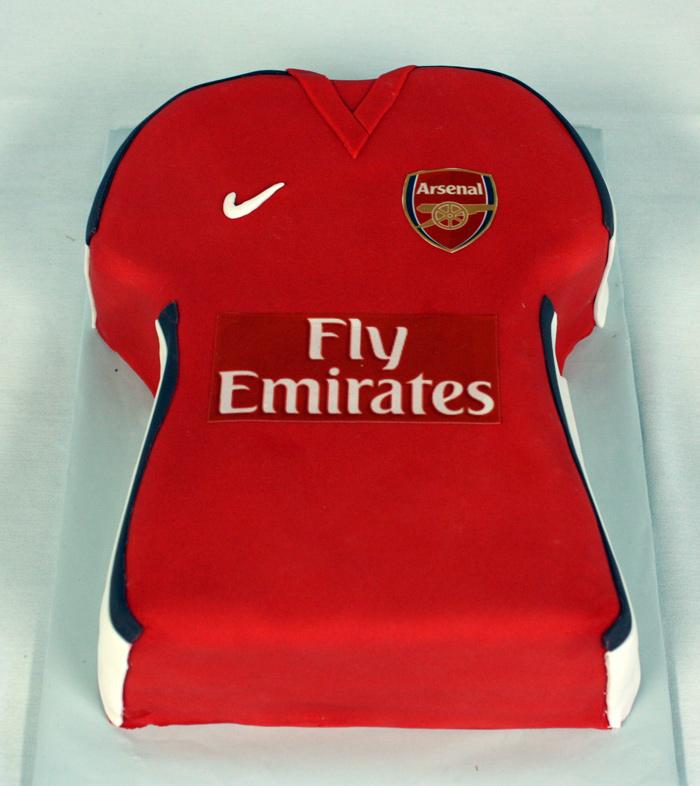 Arsenal Football Jersey Cake