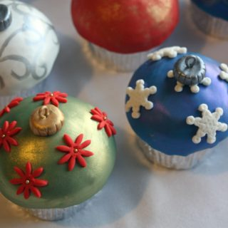 Christmas Cupcakes All Dressed Up