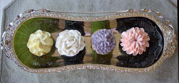 Elegant Flower Cupcakes