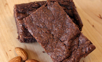 Almond Vegan Brownies that are gluten-free