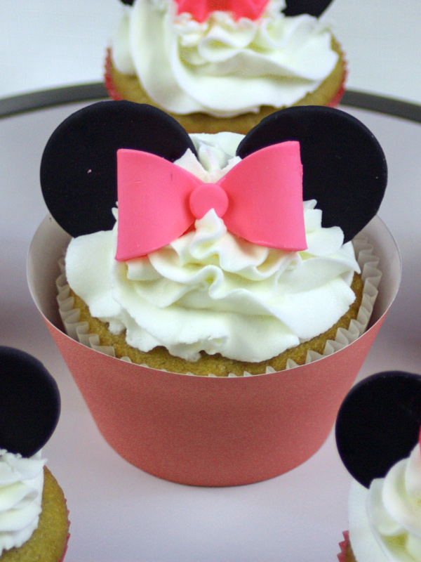 Minnie-Mouse-Cupcakes-closeup