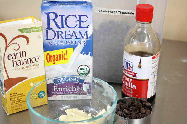 Vegan-Brownies-the-wet-ingredients