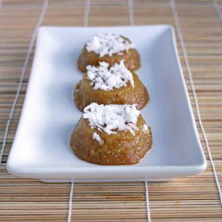 Palm Sugar Rice Cakes (Kuih Kosui)