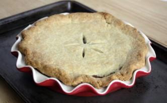 Roses-Pie-Plate-Final-Pie
