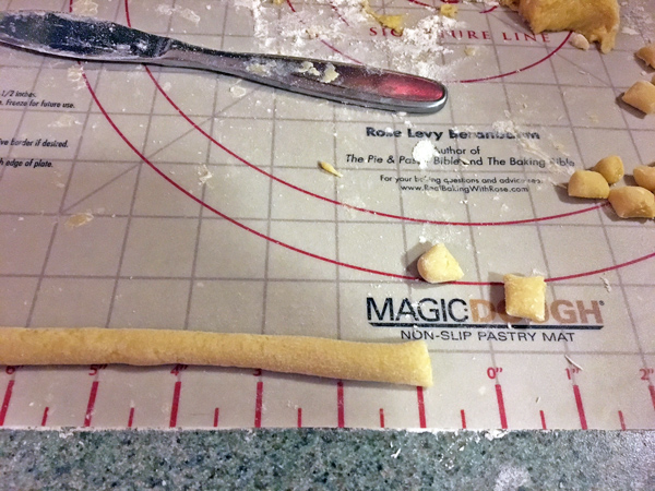 Testing Rose's Magic Dough Pastry Mat