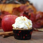 apple pie cupcake by Around the World in 80 Cakes