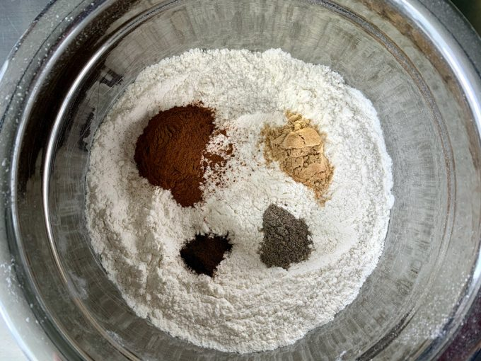 flour and spice mixture